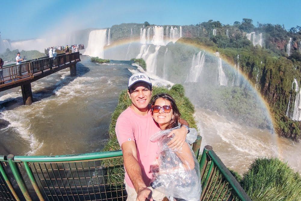 Arco-íris nas Cataratas do Iguaçú do lado brasileiro
