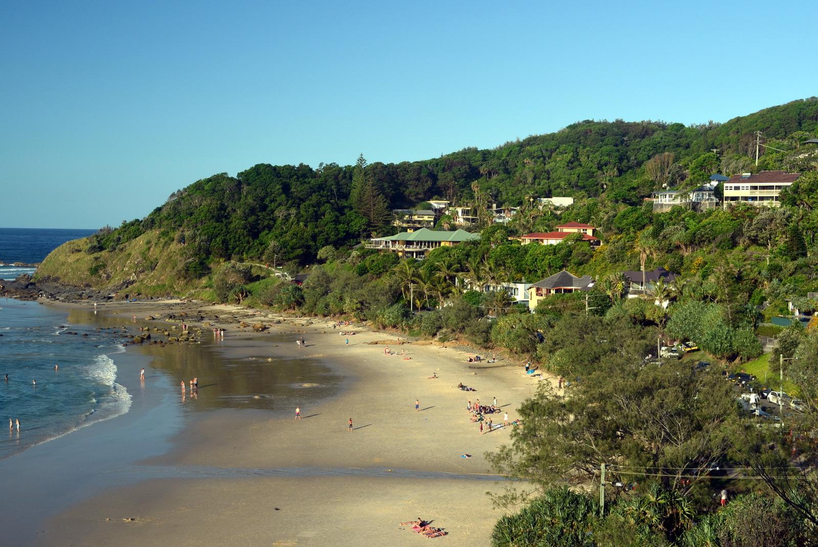 lugares para conhecer na australia: byron bay