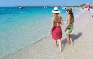 Vale a pena conhecer a Playa Blanca? Veja dicas para não entrar em uma furada