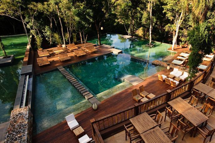 Piscina do Loi Suites Iguazú Hotel