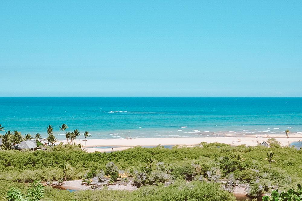 costa do descobrimento vista da praia do espelho