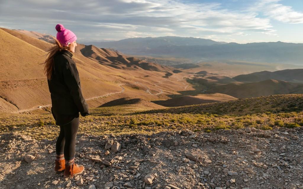 Vista das montanhas na estrada em Humahuaca