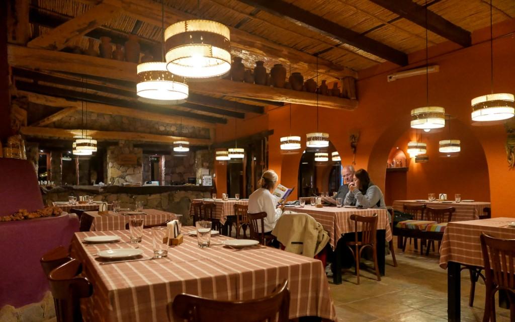 Interior do Restaurante La Posta em Purmamarca