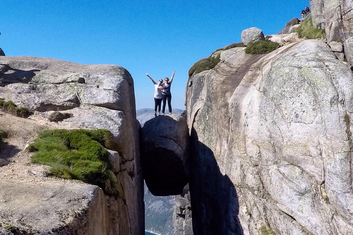 Kjerag: A Trilha Mais Incrível da Noruega
