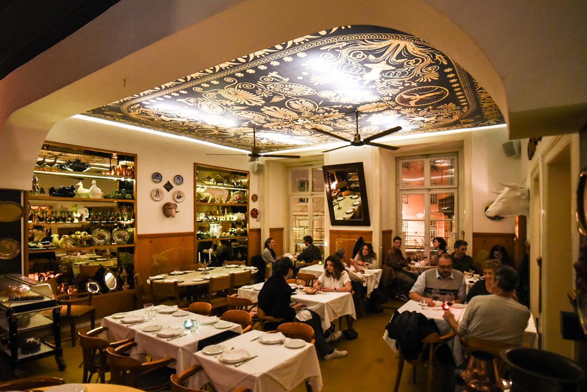 Salão principal Casa de Pasto Lisboa