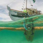Dicas para fazer um passeio de barco sem perrengues em Arraial do Cabo