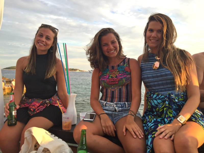 hvar_hula_hula_beach_bar