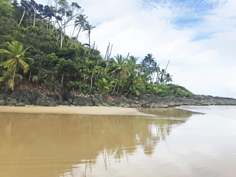 Espelho d'água na praia da gamboa itacaré