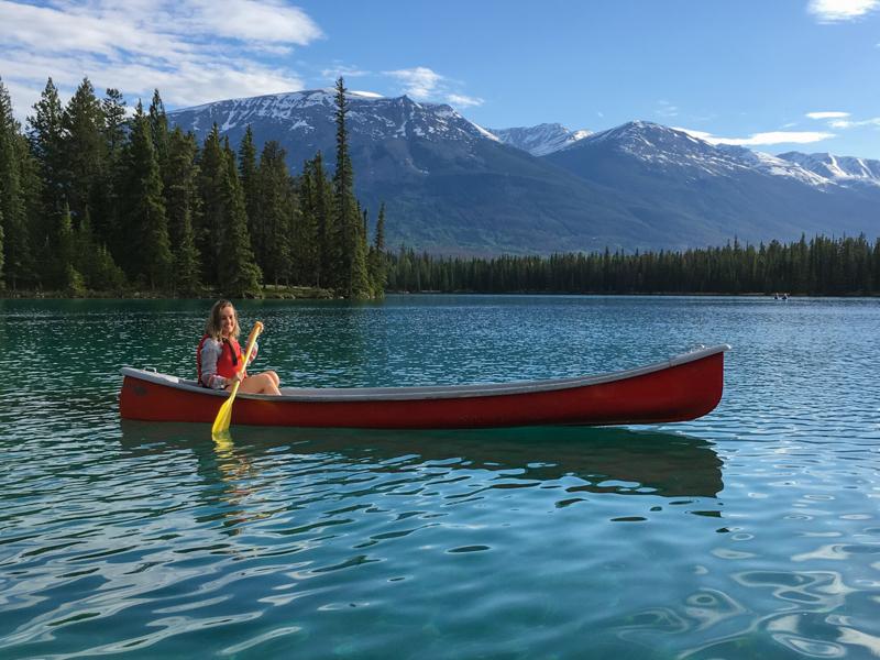 Canoa vermelha canadense