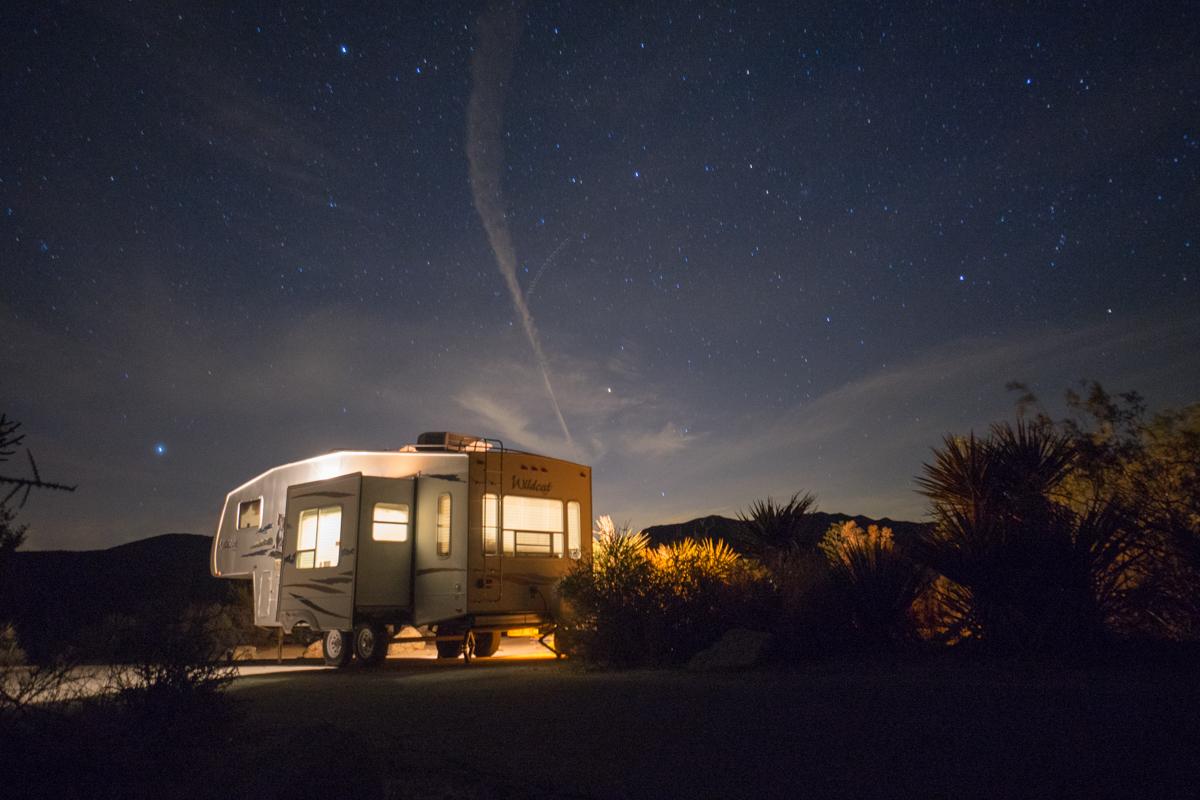 Noite estrelada no Joshua Tree National Park