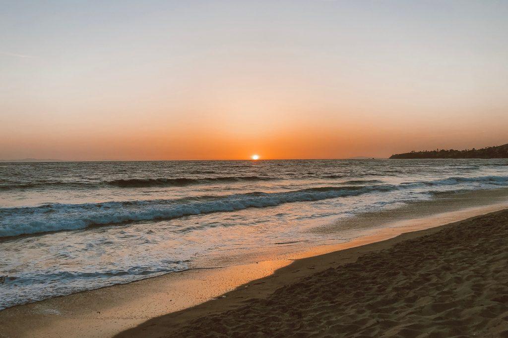 Pôr do sol inesquecível em Laguna Beach