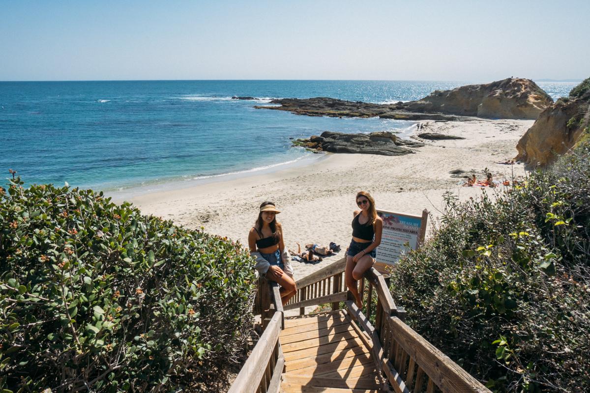 Acesso a Victoria Beach, uma das praias de Laguna Beach