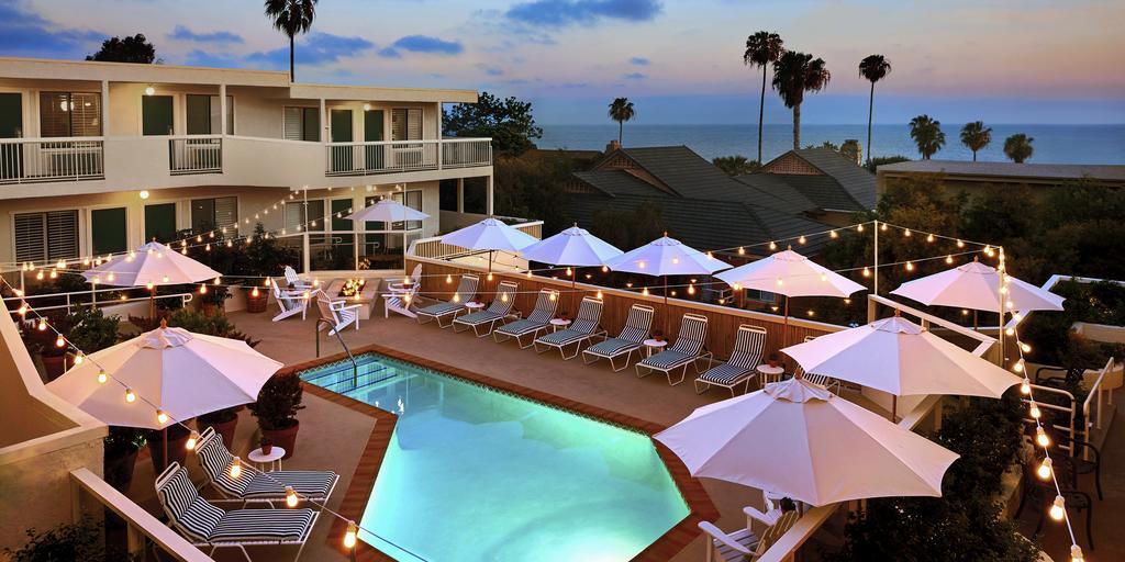 Piscina do Laguna Beach House, na Califórnia
