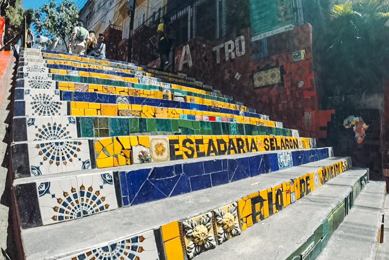 foto da Escadaria do Selarón em Santa Teresa no Rio de Janeiro