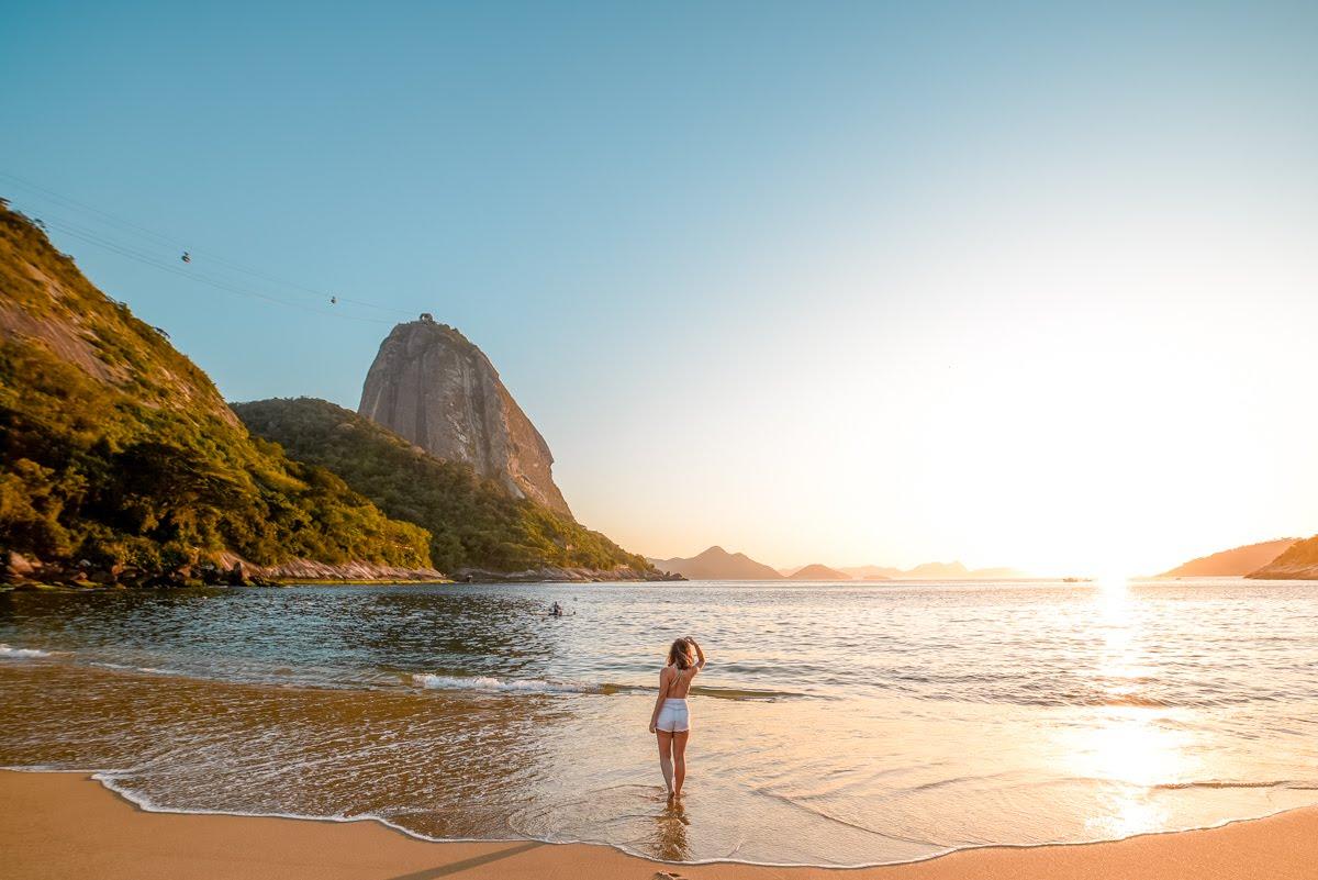 Nascer do sol na Praia Vermelha
