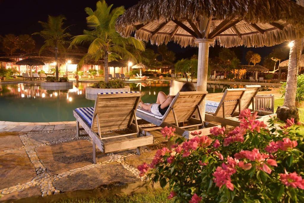 Área externa do Porto Preguiças Resort onde se hospedar nos lençóis maranhenses