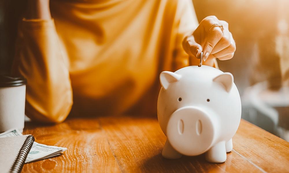 dicas para juntar dinheiro para viajar cofre