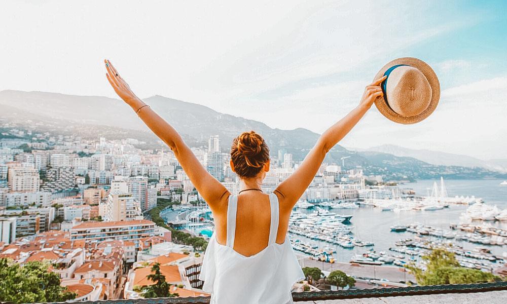 dicas para juntar dinheiro para viajar mulher
