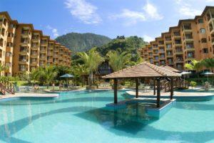 Piscina do Hotel Mercure Angra
