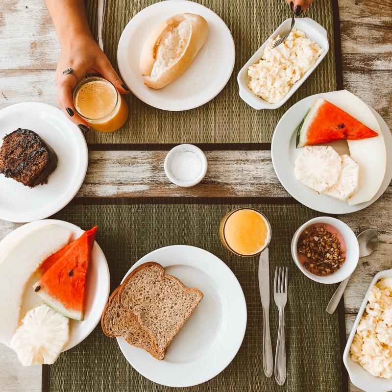 Café da manhã da Pousada Ilanga em Búzios