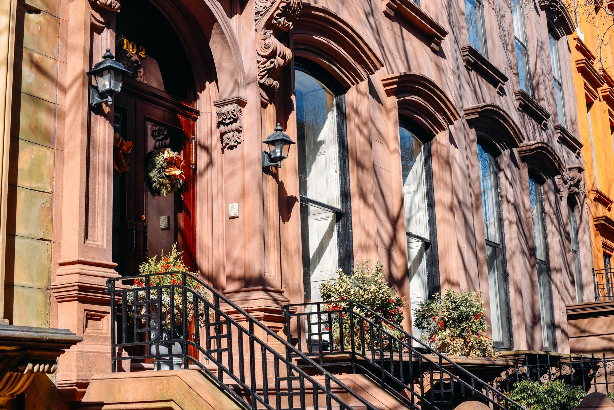 Fachada das casas no Brooklyn
