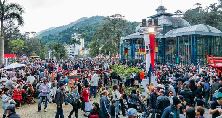 Bauernfest no palácio de Cristal em Petrópolis