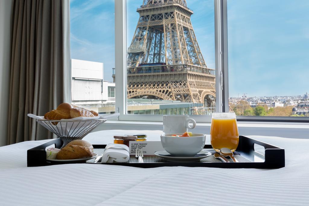 hotel com vista para a torre eiffel