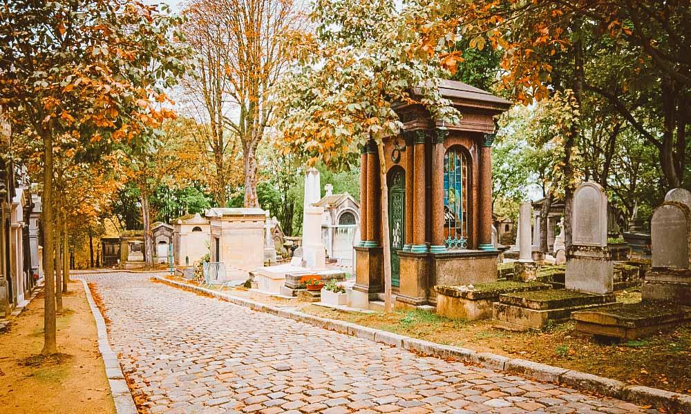 cemitério famoso em paris