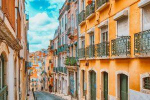 Quais são os melhores bairros para se hospedar em Lisboa? Confira nossa seleção.