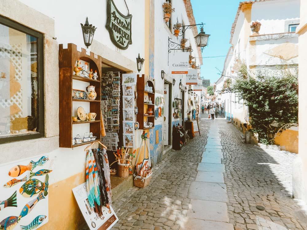 viagem de carro em portugal óbidos