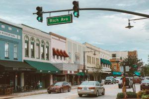 Tudo sobre DeLand, na Flórida: springs, centro histórico, restaurantes, passeio de barco e mais!