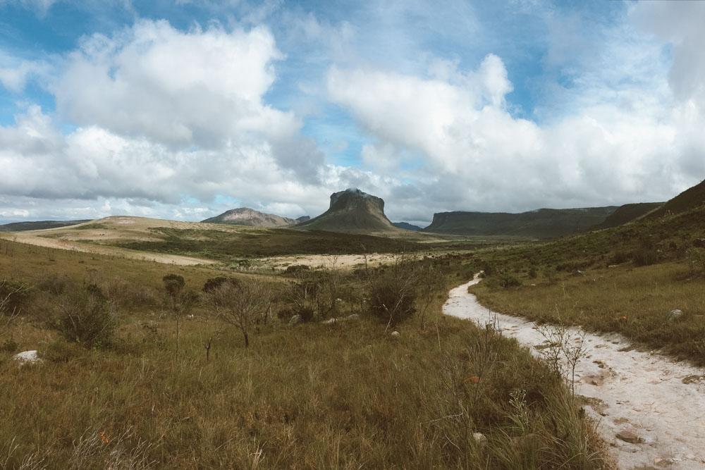 trilhas no vale do capão